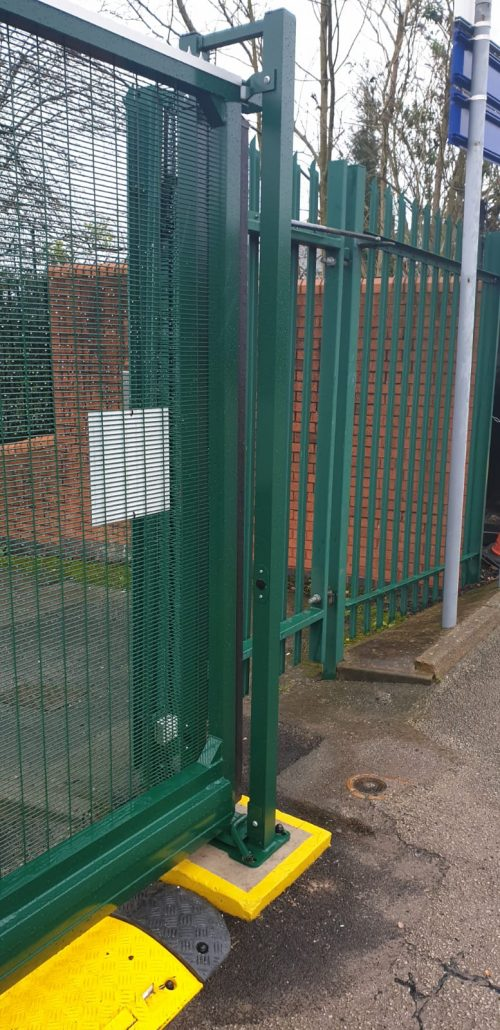 green prison mesh fencing