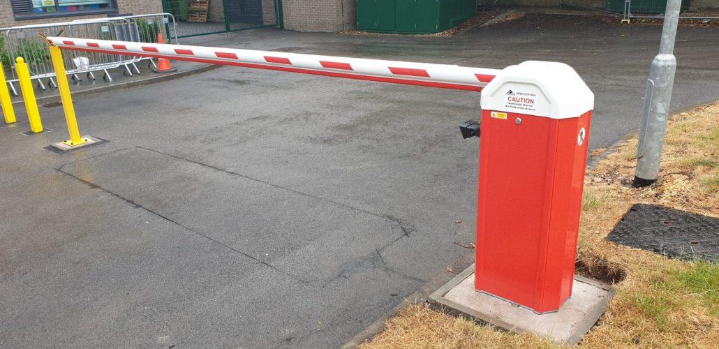 automatic carpark barrier